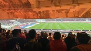 گل دوم پرسپولیس به تراکتور از دوربین هواداران
