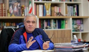 توضیحات فتحاللهزاده درباره وضعیت بازنشستگیاش