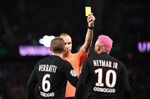 کارت زرد به نیمار به خاطر تحقیر بازیکن حریف