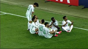 گل اول الاهلی به استقلال توسط سلمان المؤشر - پنالتی