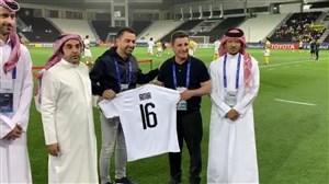 اهدای پیراهن باشگاه السد به امیر قلعه نویی با حضور ژاوی