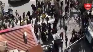 حمله موتورسوارها به هواداران پرسپولیس مقابل هتل
