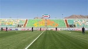 ورود ذوبآهن به ورزشگاه و بازدید از چمن فولادشهر