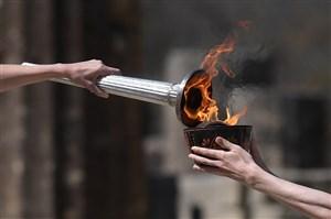 مشعل المپیک 2020 بدون تماشاگر در آتن روشن شد
