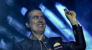 کنسرت زنده رحیم شهریاری در سایت آنتن (آهنگ گوشواره)