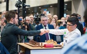 مسابقه کامل شطرنج علیرضا فیروزجا در برابر کارلسن
