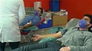 اهدای خون توسط جامعه ورزشی خوزستان برای مقابله با کرونا