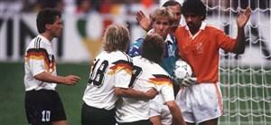 بازی خاطره انگیز آلمان - هلند در جام جهانی 1990