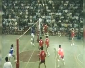 والیبال استقلال - پرسپولیس در 32 سال پیش