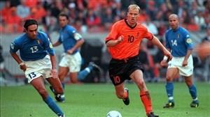 تمامی 37 گل دنیس برکمپ برای تیم ملی هلند
