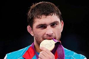 بعد از سعداله یف، شریف اف هم مبتلا شد/ حمله کرونا به جان قهرمانان کشتی المپیک