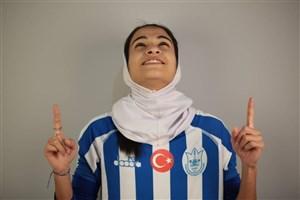 پیام علیرضا جهانبخش برای گلنوش خسروی لژیونر فوتبال زنان