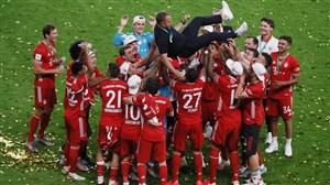 جشن قهرمانی بازیکنان بایرن مونیخ در جام حذفی