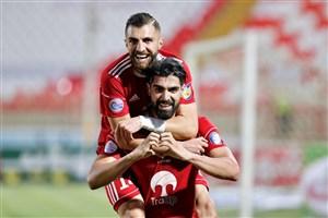گل دوم تراکتور به سپاهان توسط رضا اسدی