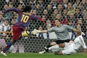 بازیکنی که همه را عاشق فوتبال کرد !