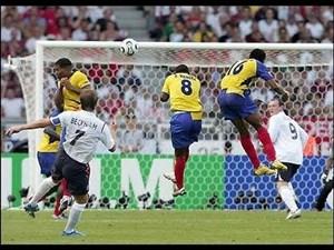 گل چشمنواز دیوید بکهام به اکوادور در جام جهانی ۲۰۰۶