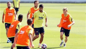 تمرینات آمادهسازی بارسلونا برای دیدار برابر ناپولی