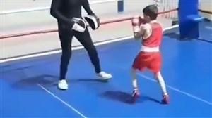 علی خدادادی، بوکسور 8 ساله ایرانی ستاره آینده بوکس آسیا