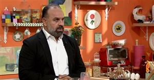 اکبر یوسفی: فرهاد مجیدی باید حواشی را کنترل کنند