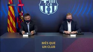 لحظه عقد قرارداد رونالد کومان با باشگاه بارسلونا
