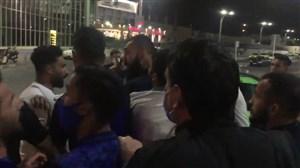 نزاع شدید مهاجمان وبازیکنان استقلالدر مهرآباد!