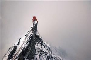 صعود به قلهی دماوند با پاترول و قاطر!