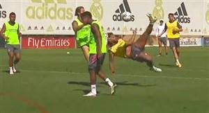 ضربه آکروباتیک زیبای مارسلو در تمرینات رئال مادرید