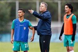 افاضلی : اسکوچیچ به مسائل روز فوتبال آشناست