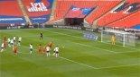 گل اول بلژیک به انگلیس (لوکاکو-پنالتی)