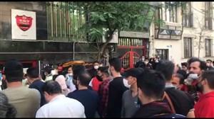 ادامه اعتراض هواداران پس از حضور رسول پناه
