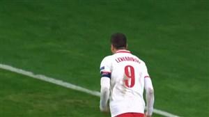 گل اول لهستان به بوسنی توسط لواندوفسکی