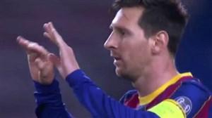 گل اول بارسلونا به فرنس واروش توسط مسی (پنالتی)