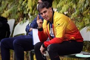 آذری: تاخیر در برگزاری لیگ ضربه جبران ناپذیری به فوتبال میزند