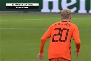 گل اول هلند به اسپانیا (ون ده بیک)