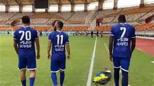 بازیکنان استقلال با کیت جدید در فولاد آرنا