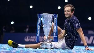 مدودف قهرمان تور جهانی تنیس شد