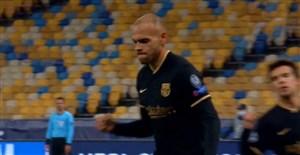 گل سوم بارسلونا به دیناموکیف(دبل برایت وایت-پنالتی)