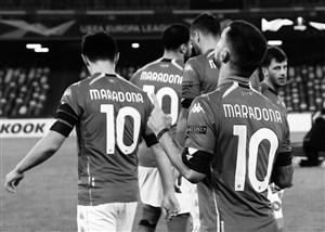 ادای احترام بازیکنان ناپولی به اسطوره آرژانتینی