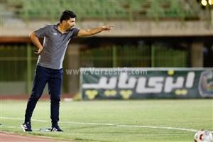 حسینی: تیم ما یک پزشک یا فیزیوتراپ هم ندارد