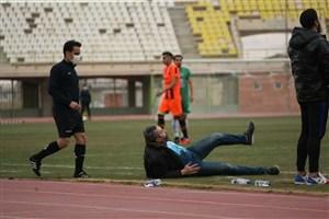 عجیبترین صحنههای فوتبال ایران لب خط!
