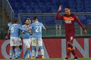 سرمربی رم: نیمه اول دو گل به لاتزیو هدیه دادیم