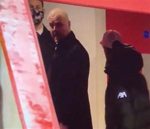 درگیری کلوپ و شان دایش در تونل ورزشگاه (عکس)