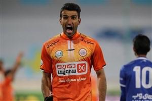 فریاد حسین ماهینی بعد از پیروزی بزرگ (عکس)