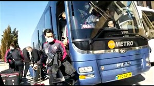 ورود دو تیم آلومینیوم و پرسپولیس به ورزشگاه امام خمینی