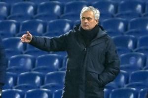 مورینیو: نمیتوانم از بازیکنانم ناراضی باشم