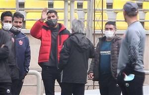 خداحافظی محمد انصاری با بازیکنان پرسپولیس