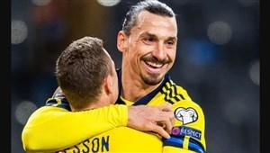 پاس جادویی خدای فوتبال سوئد! (عکس)