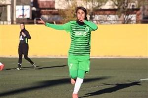 خانم گل فوتبال: کیلومترها از خانوادهام دور شدم