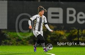واکنش  شارلروا به ماجرای فوتبالیست زن ایرانی