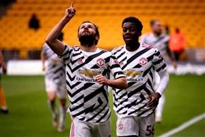 یونایتد ۲ - ولوز ۱؛ پایان فصل با پیروزی شیرین